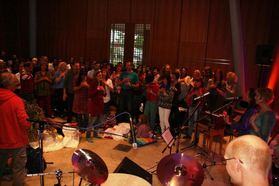 K800_10 Unsere wunderbaren Mitsängerinnen und Sänger