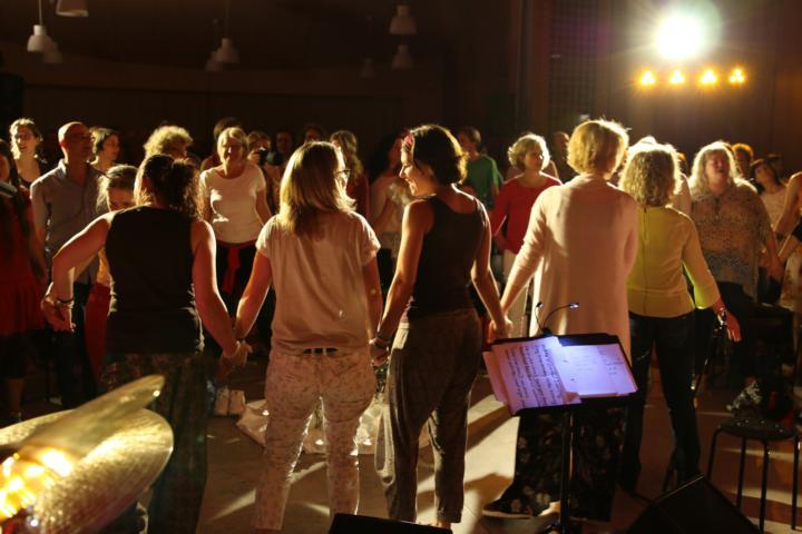 K640_7 Gemeinsam singen