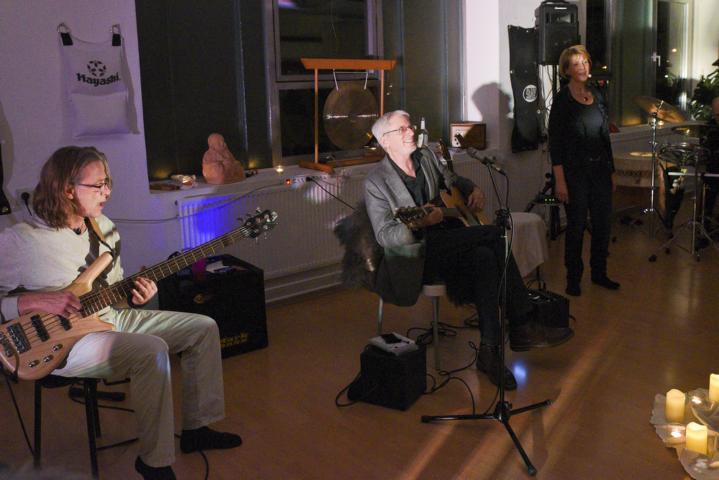 K640_Konzert Michael Stillwater , Jogi Soffner und KlangRund im Februar 2018 (12)