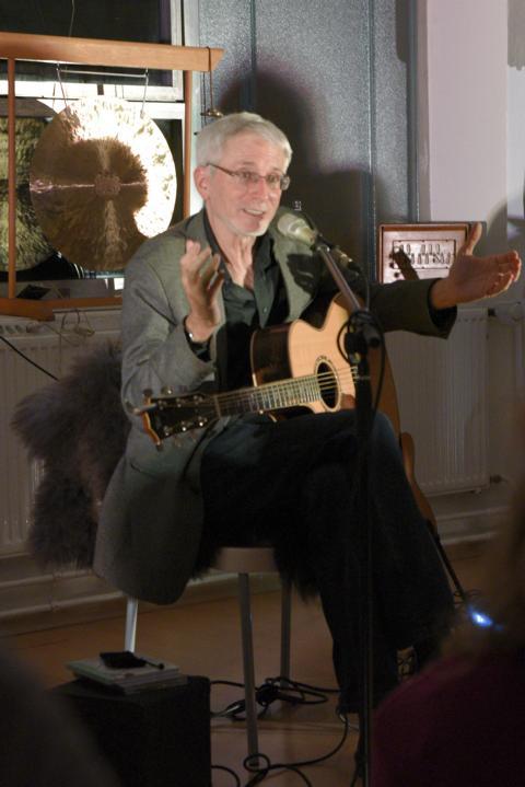 K640_Konzert Michael Stillwater , Jogi Soffner und KlangRund im Februar 2018 (13)