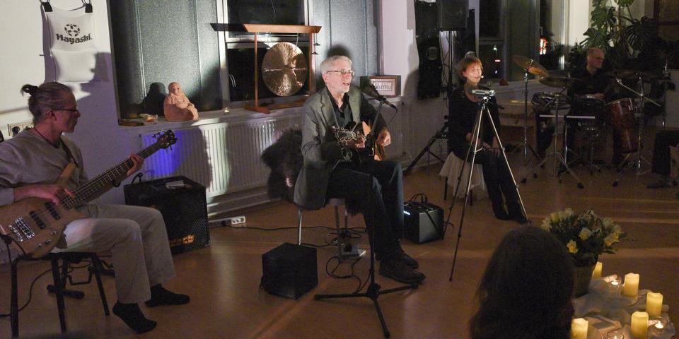 K640_Konzert Michael Stillwater , Jogi Soffner und KlangRund im Februar 2018 (3)